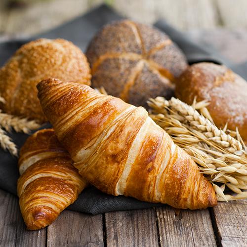 Viennoiseries et épis de blé